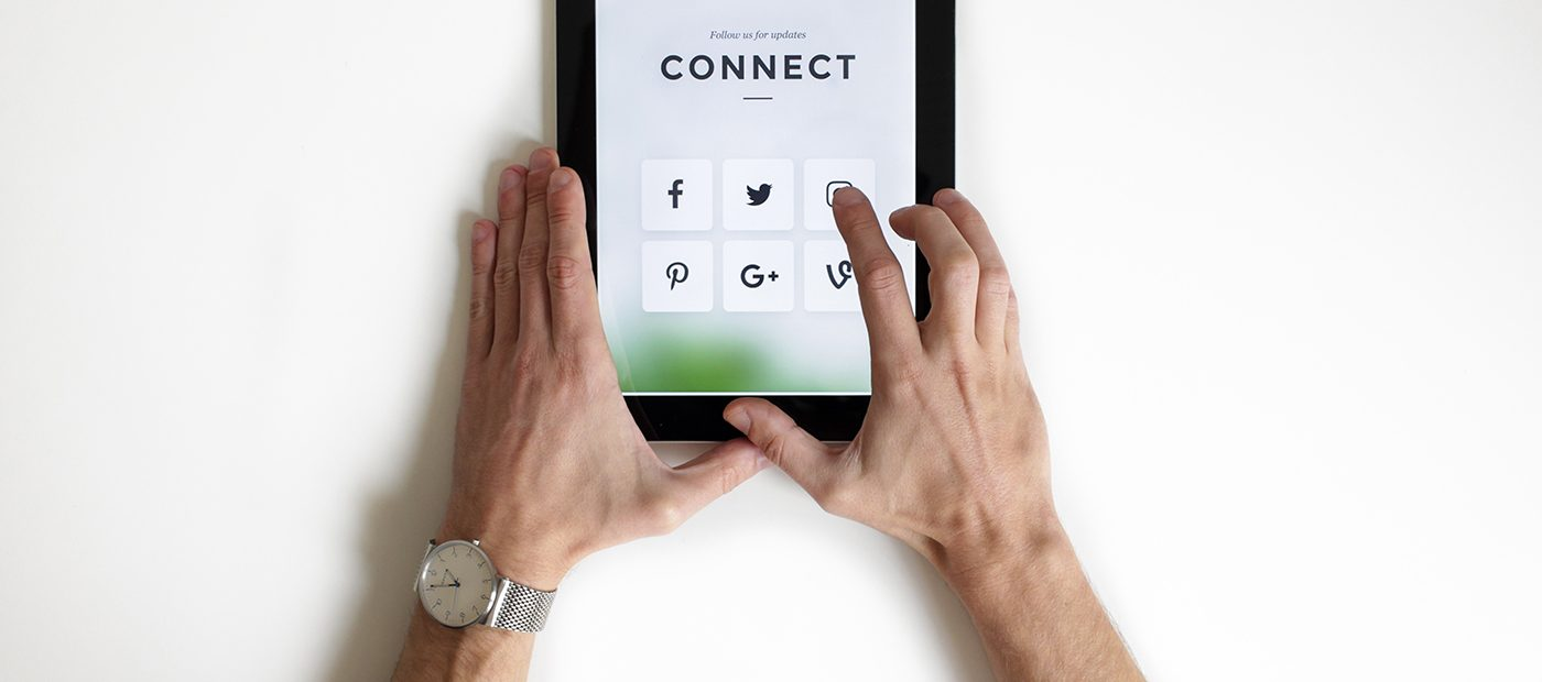 How to win online with social media content